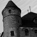Figure 1 (castle1.png)