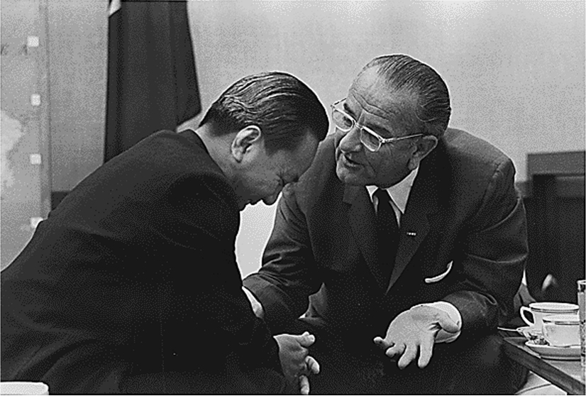 President Thieu and President Johnson talk closely.